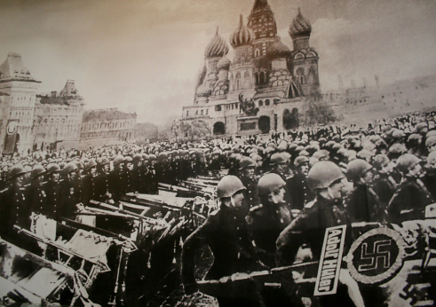 red square 1945 parade