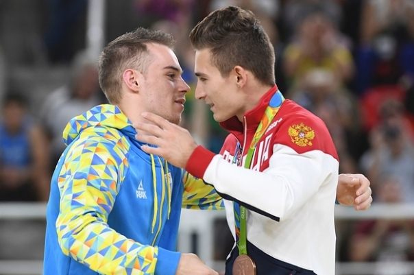 Russian & Ukrainian athletes together in Rio 3