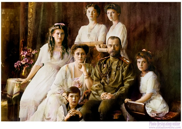 1914__nicholas_ii_and_his_family